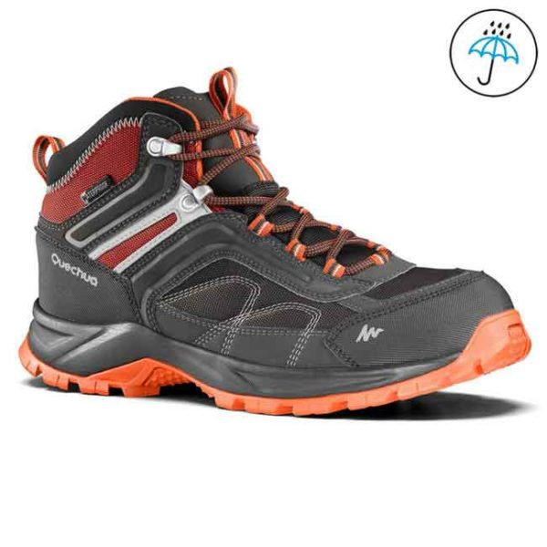 Waterproof trekking shoes for rent in Bangalore